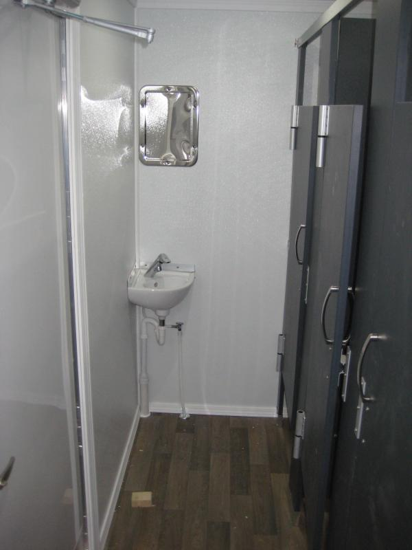 8 Station Shower Trailer with Sinks