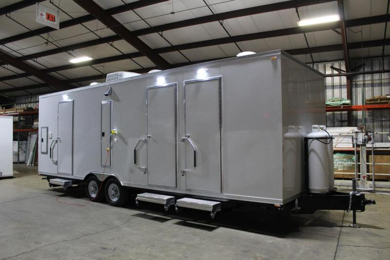 6 Station Restroom Shower Trailer Combo