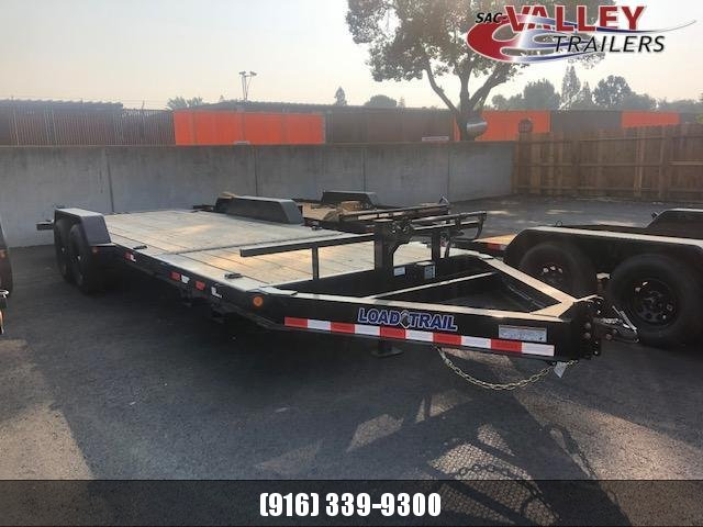 2021 Load Trail TH8322072 Equipment Trailer