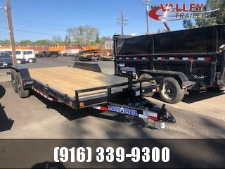 2021 Load Trail CH8320052 Equipment Trailer