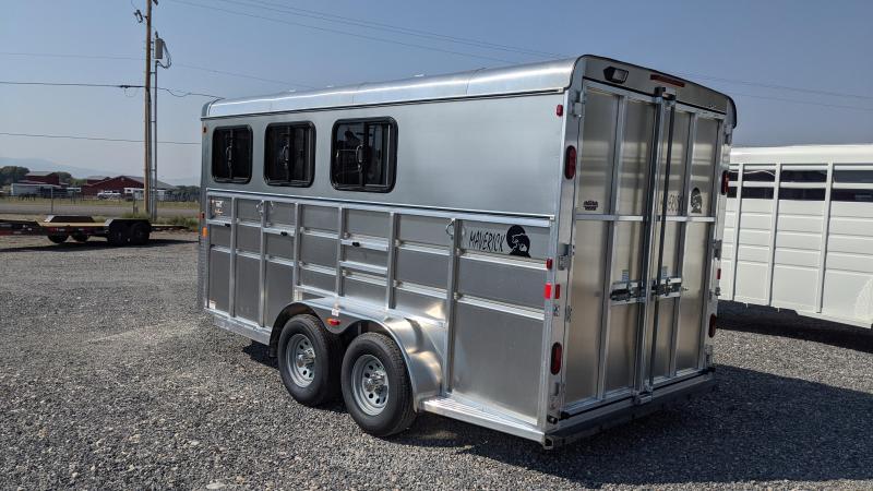 New! 2022 Maverick 3-Horse Deluxe All-Aluminum Horse Trailer