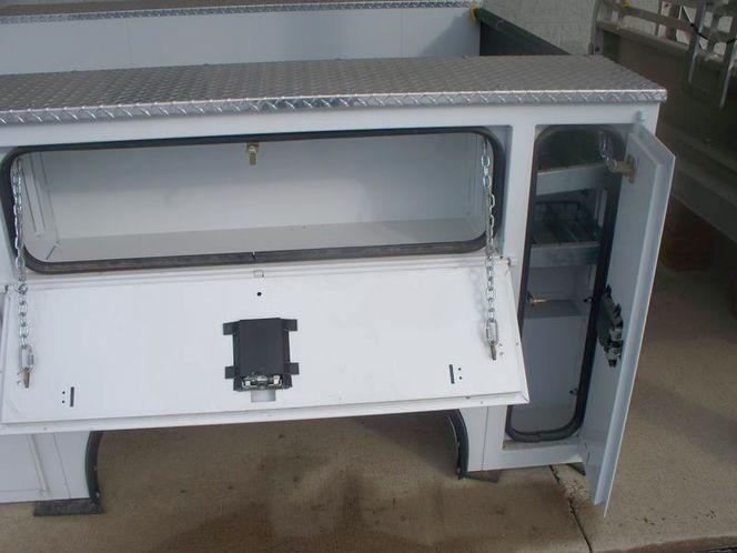 2020 CM VVSS Service Body Truck Bed