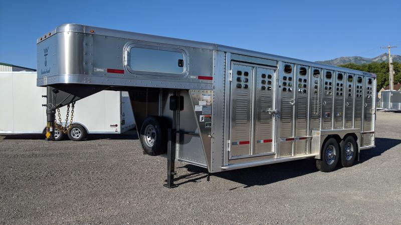 2021 Wilson Ranch Hand 20' 5700 Livestock Trailer