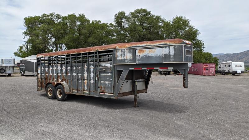 1994 Diamond D 20' Stock Livestock Trailer