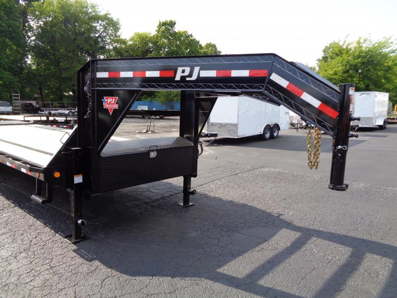 2021 PJ Trailers 28' Low-Pro Flatdeck with Singles (LS) Flatbed Trailer