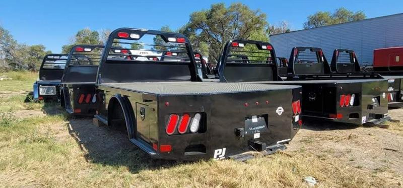 2021 PJ Skirted GS 8'6-84-56-42 Truck Bed