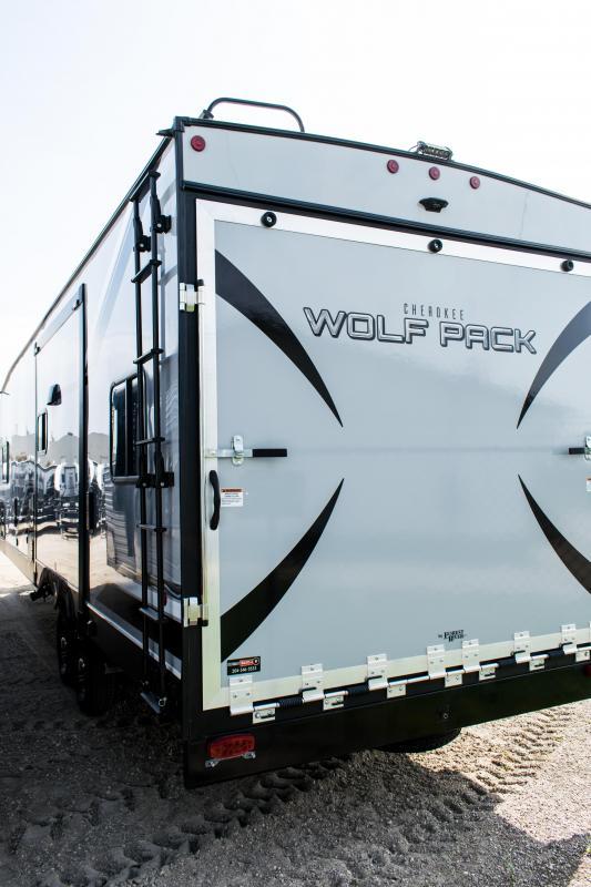2020 Cherokee Wolf Pack 23pack15 Toy Hauler RV