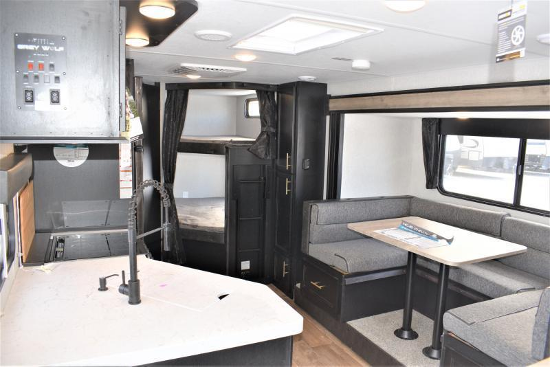 2021 Grey Wolf Limited 23DBH Bunk Model Travel Trailer