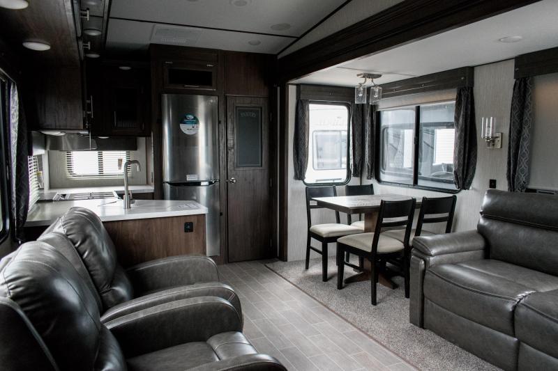 2019 Arctic Wolf Limited 245RK4-L 5th Wheel Travel Trailer