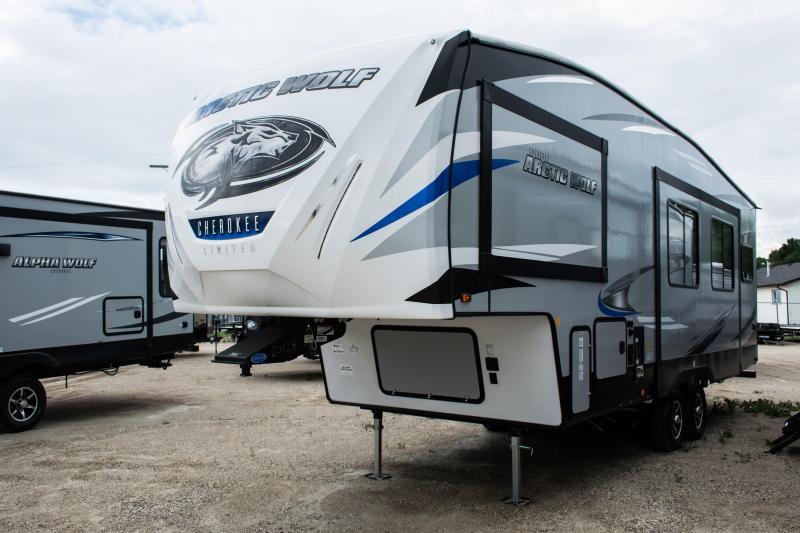2020 Arctic Wolf Limited 265DBH8 5th Wheel Camper