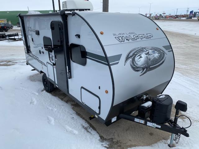 2021 Wolf Pup 18TO Black Label Pkg. Travel Trailer w/Slide-Out