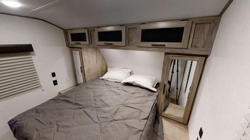 2021 Alpha Wolf 26RB-L Couples Model Travel Trailer
