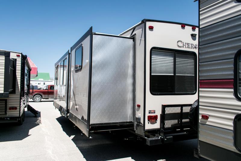 2019 Cherokee Limited 304BH Travel Trailer Bunk Model RV