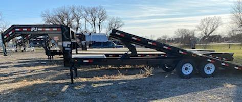 2019 PJ Trailers 26' Deckover Tilt (T8) Equipment Trailer