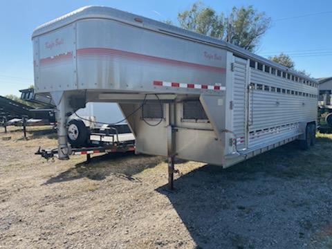 1997 Keifer Built 28' Aluminum Livestock Trailer