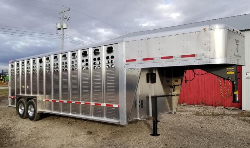 2020 Wilson Trailer Company 24' Ranchand Livestock Trailer