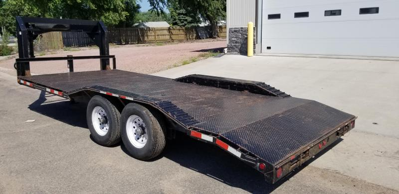 "2009 D and K Trailers 20' x 81"" Gooseneck Steel Deck Equipment Trailer"