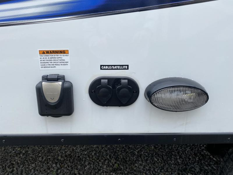 2019 Palomino Solaire 202RB Travel Trailer