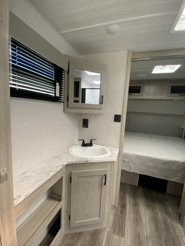 2022 East To West Alta EAST TO WEST ALTA 2350KRK Travel Trailer