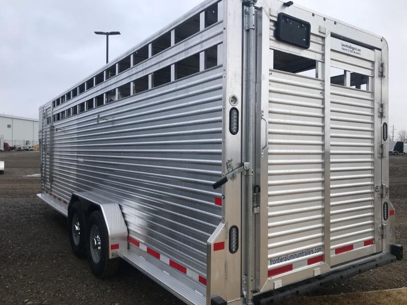 2021 Frontier Livestock GN 24' Livestock Trailer
