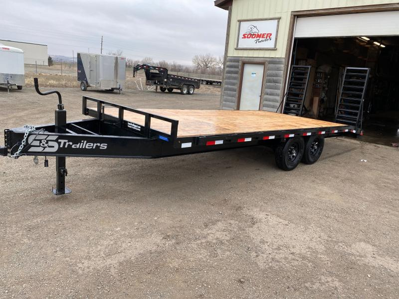2022 S&S Manufacturing 20' DECKOVER BP Flatbed Trailer