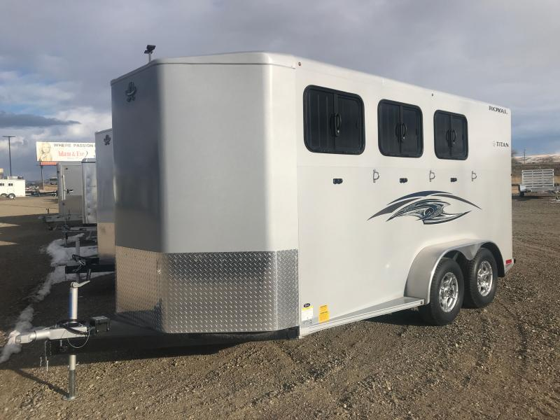 2021 Titan Trailers 3H BP ROYAL II Horse Trailer