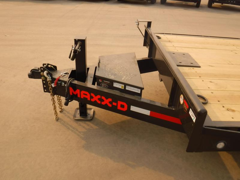 2021 MAXXD C8X8332 Equipment Trailer