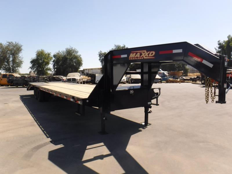 2020 MAXXD LDX10234 Equipment Trailer