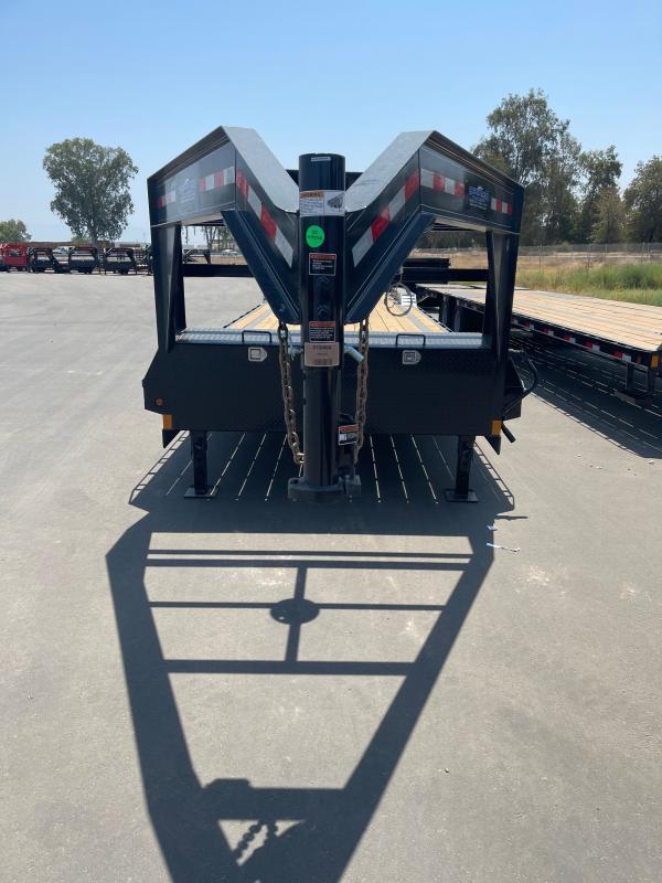 2021 Other C940R73PK Equipment Trailer