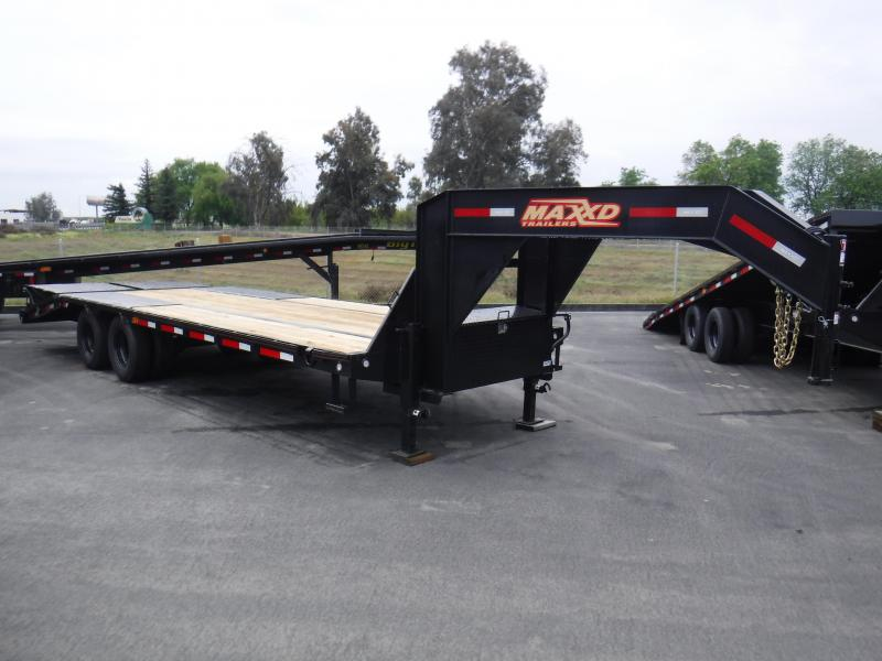 2020 MAXXD LDX10225 Flatbed Trailer
