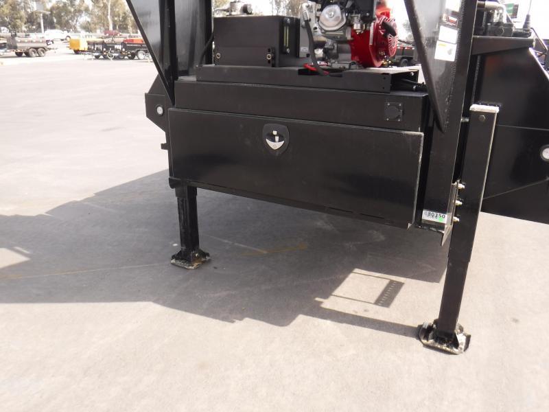 2021 MAXXD TTX10232 Equipment Trailer