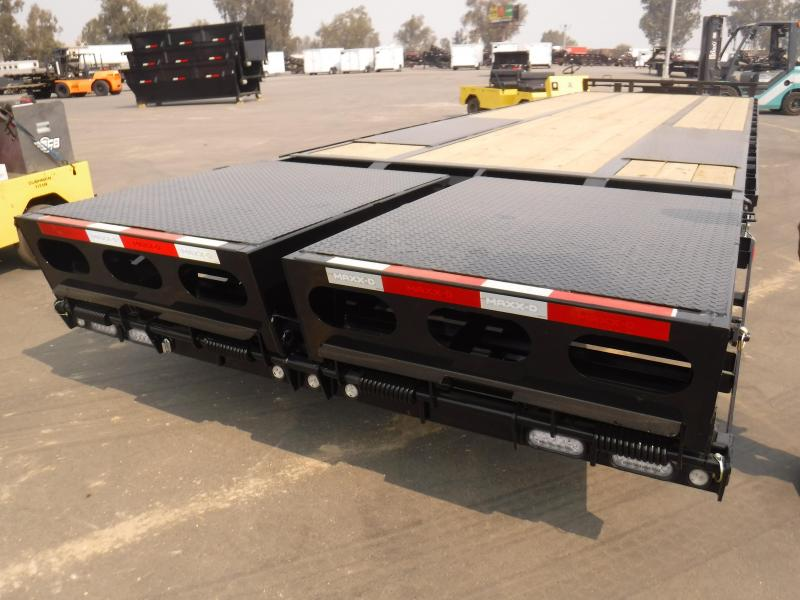 2021 MAXXD LDX10230 Equipment Trailer