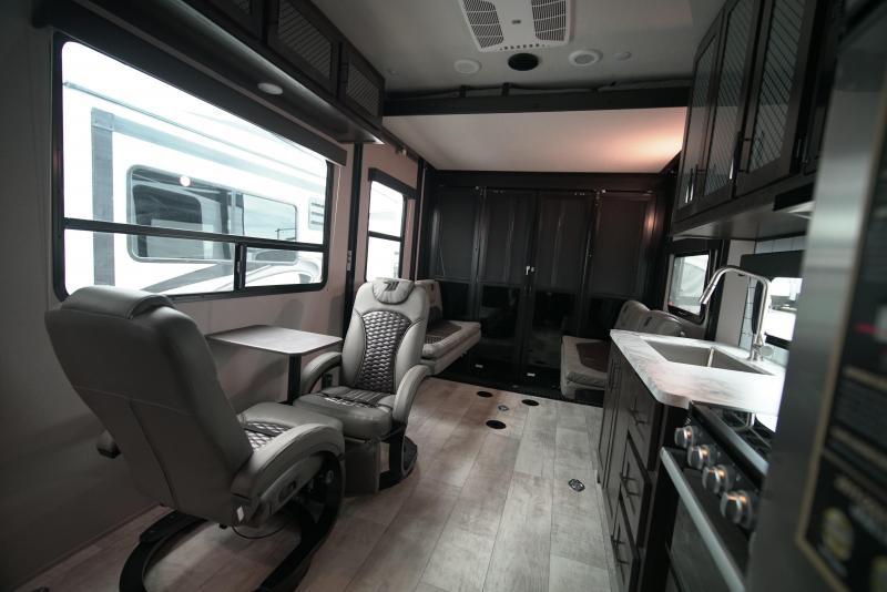 2021 Grand Design RV MOMENTUM G-CLASS 21G