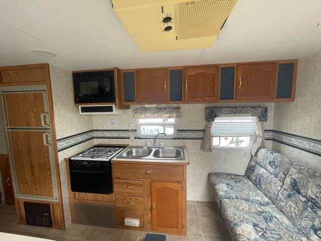 2002 Forest River WILDWOOD 26BH