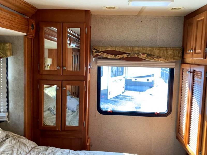 2007 Gulf Stream Coach SUN VOYAGER  8389