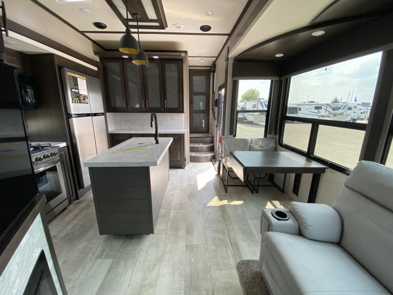 2022 Grand Design RV MOMENTUM 397TH