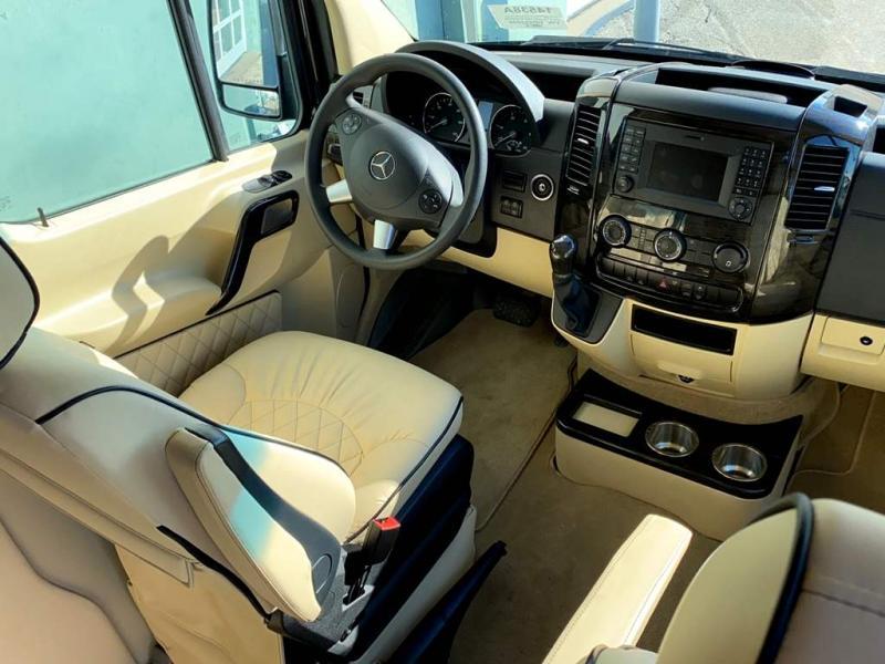 2019 Midwest Automotive Designs DAYCUISER 3500 SPRINTER