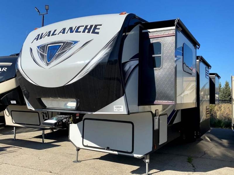2017 Keystone RV AVALANCHE 380FL