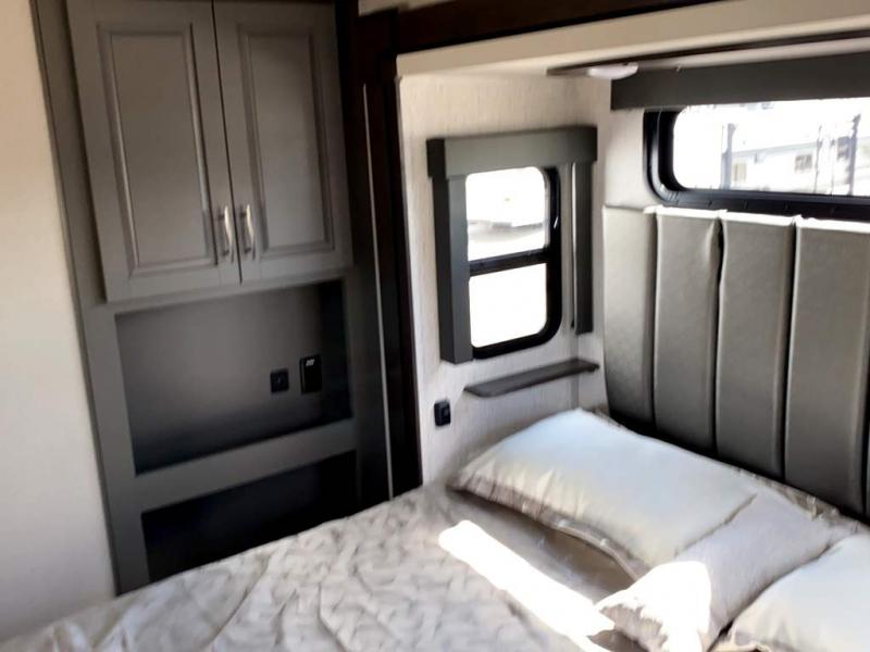 2021 Grand Design RV MOMENTUM 397TH