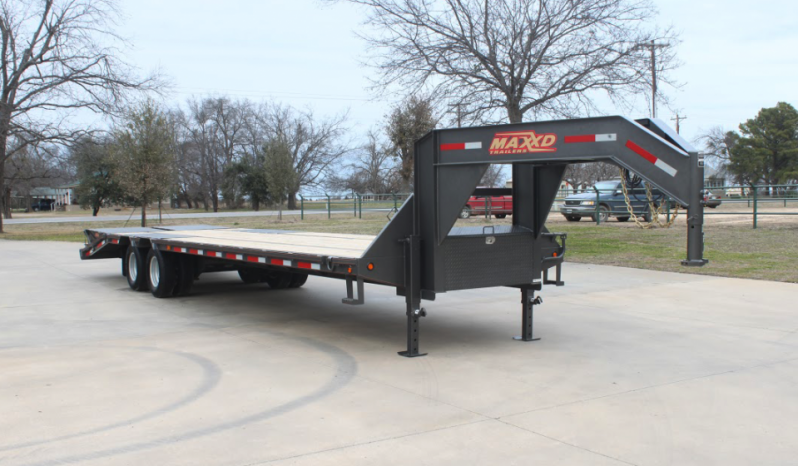 "2020 MAXXD 32'102"" Gooseneck Flatbed Trailer  ******HAVE EVERY SIZE YOU MAY NEED IN STOCK******"