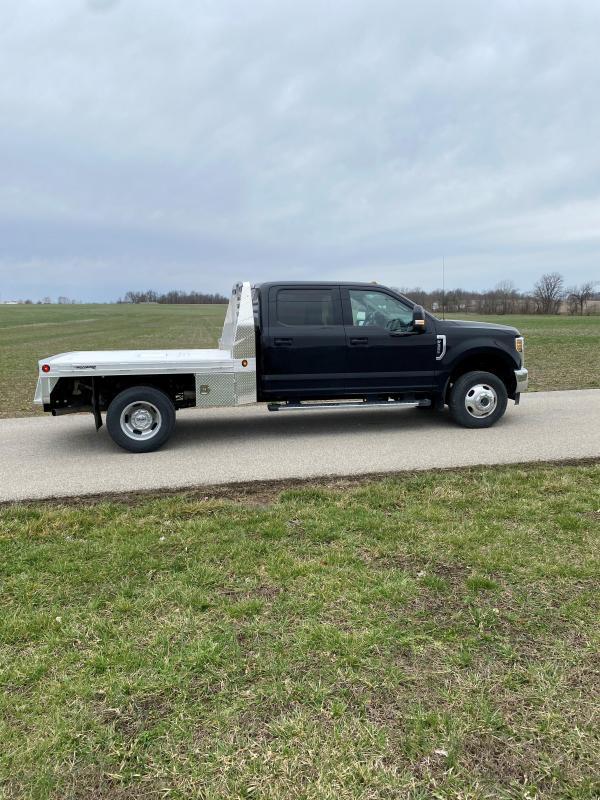 "2021 Hillsboro Industries 81""x102"" Single Wheel Long 2500 Series Truck Bed"