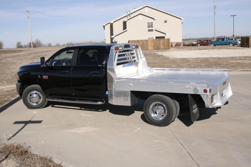 """2021 Hillsboro Industries 96""""x112"""" Dually Cab & Chassis 3000 Series Truck Bed"""