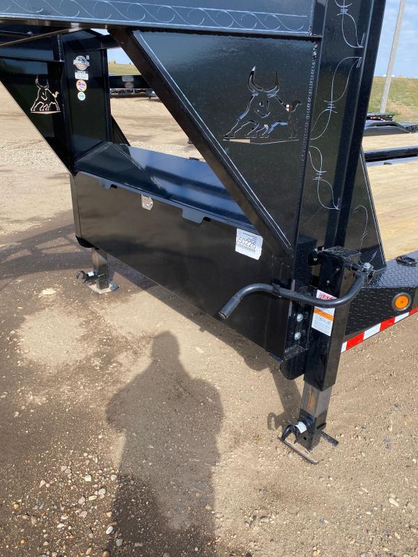 2021 Iron Bull 102X40 TRI-AX GOOSE Equipment Trailer
