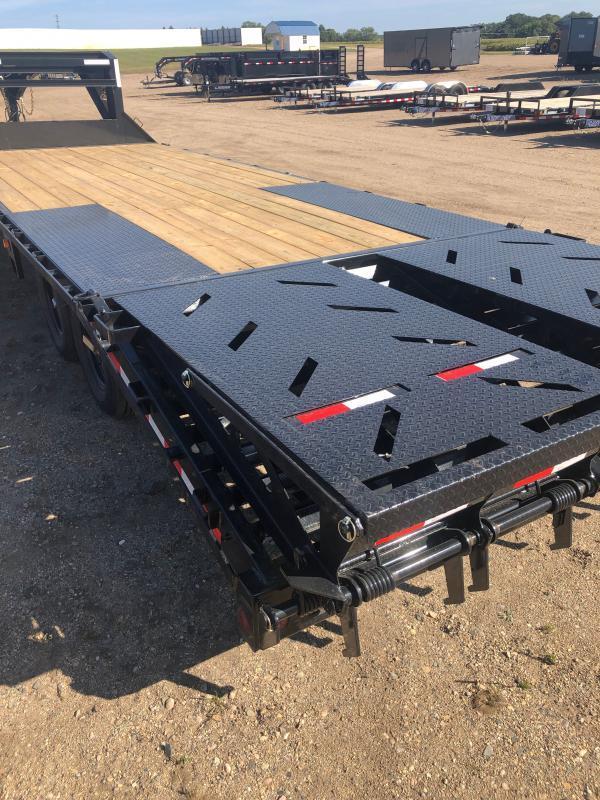 2021 IRON BULL 102X25 DECK-OVER GOOSENECK Equipment Trailer