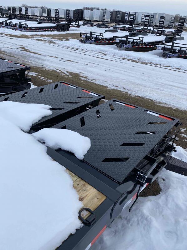 2021 Iron Bull 83X24 HAULER Equipment Trailer