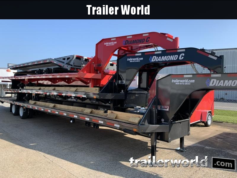 2020 Diamond C FMAX210 32' Hydraulic Dovetail Gooseneck Trailer