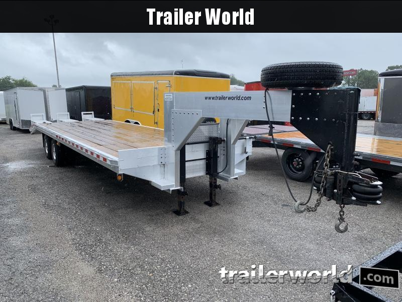 2006 Trailer World 30' Gooseneck Equipment Trailer