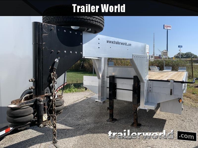 2006 Trailer World 30 Gooseneck Equipment Trailer