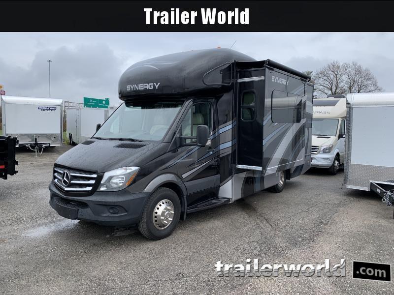 2017 Mercedes Thor Motor Coach Synergy CB24 Class C RV
