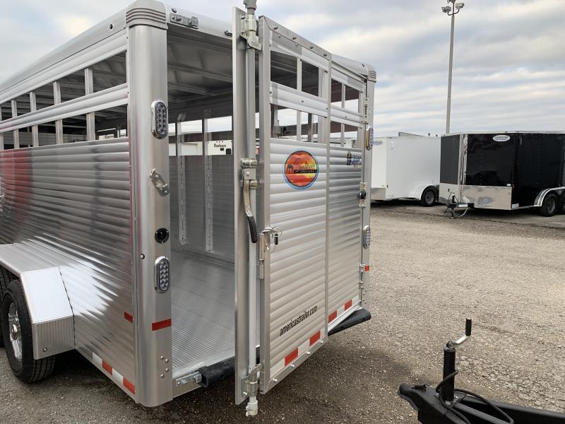 2022 Sundowner Rancher Xpress 20' Livestock Trailer